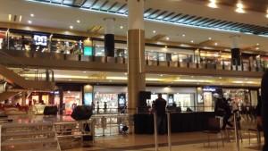 ショッピングモール